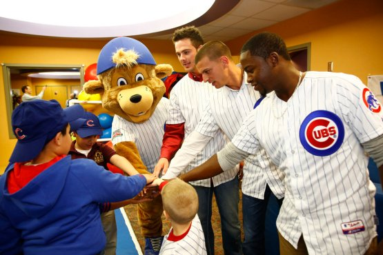 chi-chicago-cubs-new-mascot-clark-20140113-004